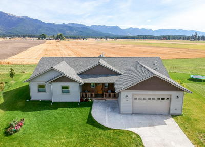 Flathead County Single Family Home For Sale: 726 Fox Den Trail