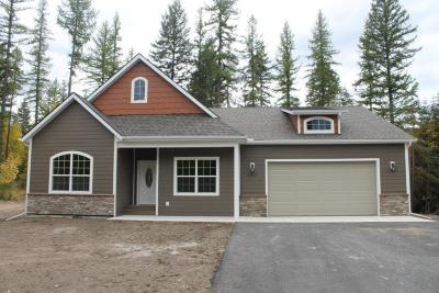 Flathead County Single Family Home For Sale: 576 Peaceful Drive