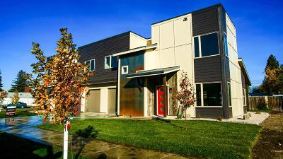 Missoula Single Family Home For Sale: 2044 #2 Burlington Ave