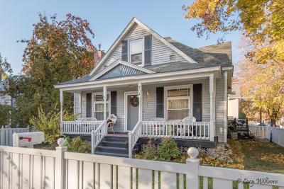 Kalispell Single Family Home Under Contract Taking Back-Up : 704 3rd Avenue East