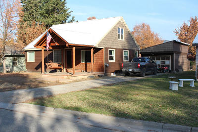 Lincoln County Single Family Home Under Contract Taking Back-Up : 1311 Idaho Avenue