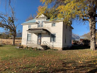 Hamilton Single Family Home For Sale: 417 Ricketts Road