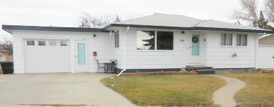Cut Bank Single Family Home For Sale: 440 Circle Drive