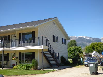 Hamilton Multi Family Home For Sale: 113 Skeels Avenue