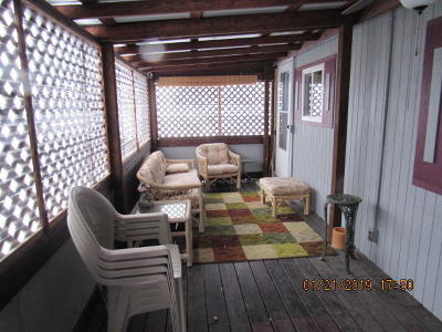 Single Family Home For Sale: 3805 7th St North East