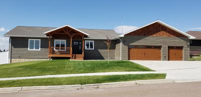 Great Falls, Black Eagle, Belt, Ulm Single Family Home Under Contract Taking Back-Up : 1009 Skyline Court