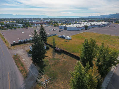 Flathead County Commercial For Sale: 204 2 Mile Drive