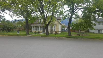 Stevensville Single Family Home For Sale: 311 Church Street