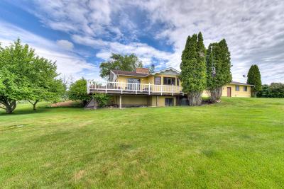 Stevensville Single Family Home For Sale: 551 Waterhill Lane