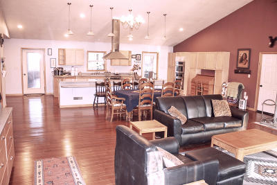 Helena Single Family Home Under Contract with Bump Claus: 7590 Spring Creek Trail