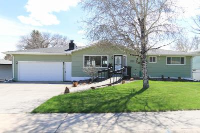 Great Falls Single Family Home For Sale: 752 33rd Avenue North East