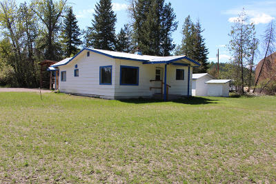 Lincoln County Single Family Home For Sale: 35875 U.s. Hwy 2 West