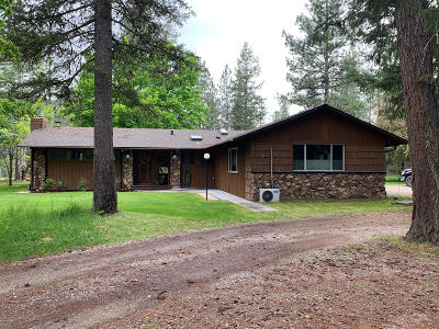 Lincoln County Single Family Home For Sale: 2515 Kootenai River Road