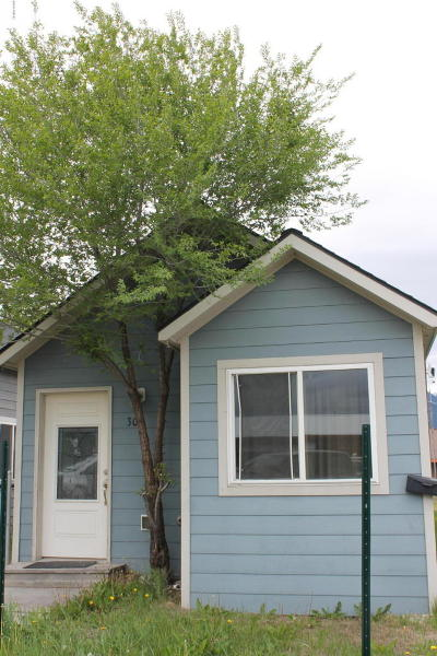 Hamilton Single Family Home For Sale: 303 North 2nd Street