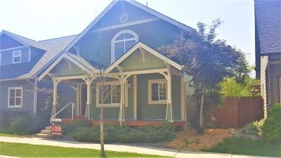 Single Family Home Under Contract Taking Back-Up : 4425 B Bordeaux Boulevard