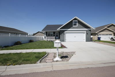 Single Family Home For Sale: 704 50th Street North