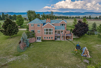 Stevensville Single Family Home For Sale: 444 Windwalker Trail