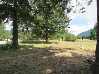 Lincoln County Residential Lots & Land Under Contract Taking Back-Up : 1204 East Missoula Avenue