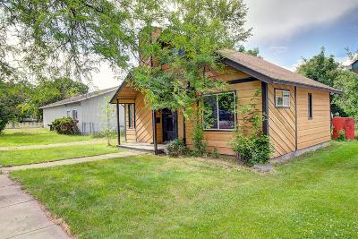 Lake County Single Family Home Under Contract Taking Back-Up : 703 4th Avenue East
