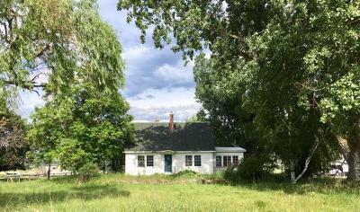 Single Family Home For Sale: 2010 Eastside Highway