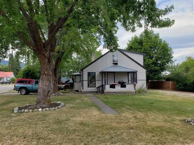 Lincoln County Multi Family Home For Sale: 1120 California Avenue