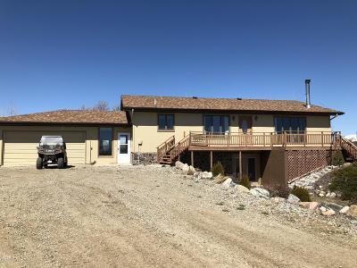 Brady Single Family Home For Sale: 590 Fox Tail Lane Lane North