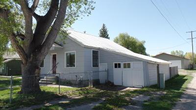 Augusta Single Family Home For Sale: 302 Main Street