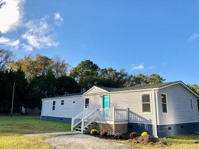 Currituck County Single Family Home For Sale: 126 Poplar Branch Lane