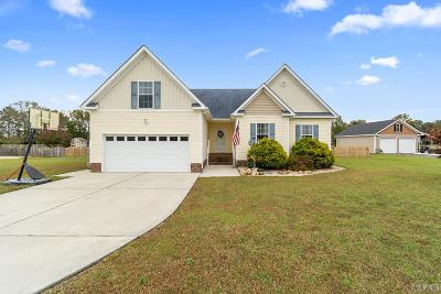 Moyock Single Family Home For Sale: 130 Trevor Way