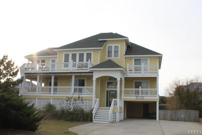 Currituck County Single Family Home For Sale: 1066 Whalehead Drive