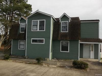 Currituck County Single Family Home For Sale: 5707 Caratoke Hwy