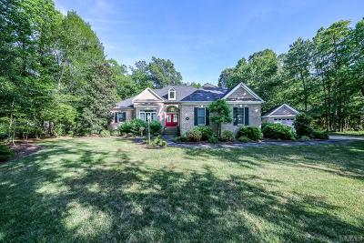 Perquimans County Single Family Home For Sale: 129 Cashie Drive