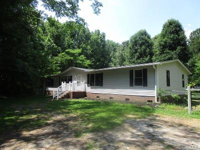 Moyock NC Single Family Home For Sale: $130,000