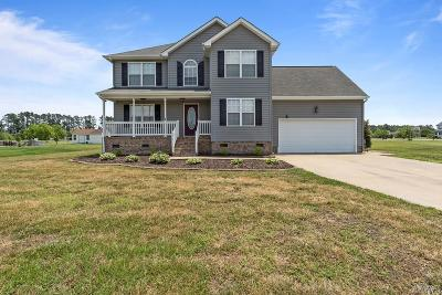 Pasquotank County Single Family Home For Sale: 211 Queenswood Blvd