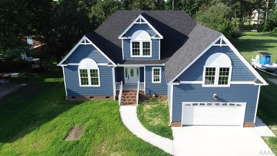 Currituck County Single Family Home For Sale: 106 Goose Castle Terrace