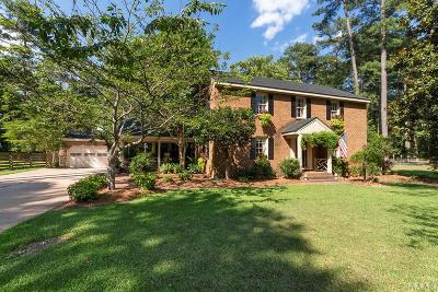 Pasquotank County Single Family Home For Sale: 108 Pine Lake Drive