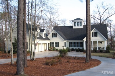 Perquimans County Single Family Home For Sale: 105 North River Circle East