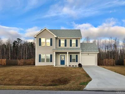Currituck County Single Family Home For Sale: 144 Laurel Woods Way