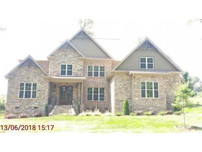 Burlington Single Family Home For Sale: 1272 Lochshire