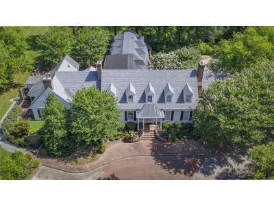 Burlington Single Family Home For Sale: 2300 York Road