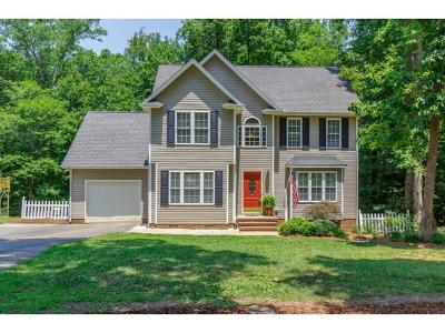 Graham Single Family Home For Sale: 3385 Rockcastle Ct