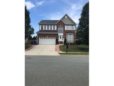 Whitsett Single Family Home For Sale: 6827 Championship Dr