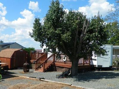 New London NC Single Family Home For Sale: $68,500