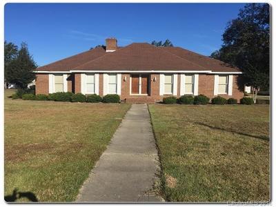 Single Family Home Under Contract-Show: 305 E McGregor Street