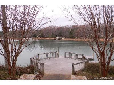 Mecklenburg County, Union County, Gaston County, Lancaster County, York County, Cabarrus County, Iredell County, Rowan County Single Family Home For Sale: 116 Sumter Drive #13