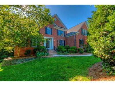 Matthews Single Family Home For Sale: 1526 Reverdy Oaks Drive