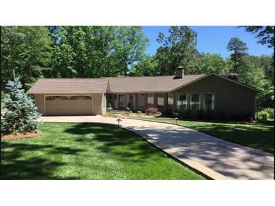 Lake Wylie Single Family Home For Sale: 84 Fairway Ridge
