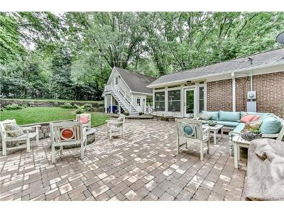 Charlotte Single Family Home For Sale: 3311 Sunnybrook Drive