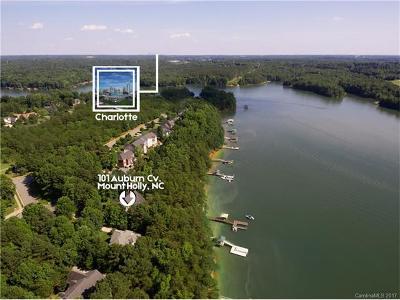 Single Family Home For Sale: 101 Auburn Cove #39