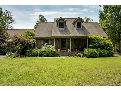 Single Family Home For Sale: 180 Roehm Landing